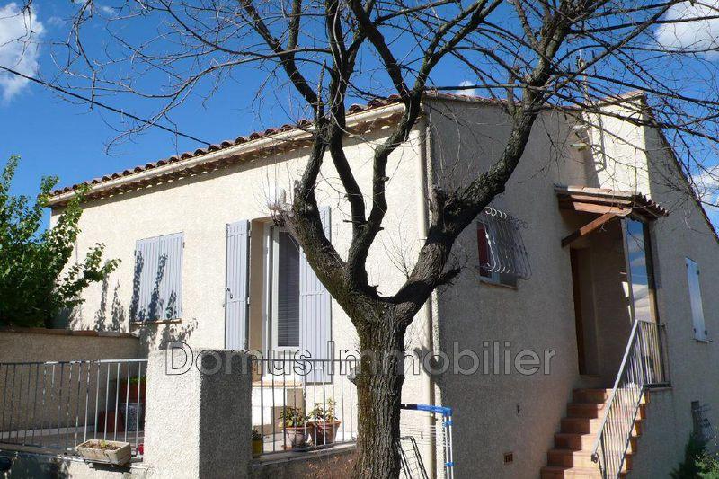 Photo Villa Saint-Saturnin-lès-Avignon Proche village,  Location villa  2 chambres   89m²