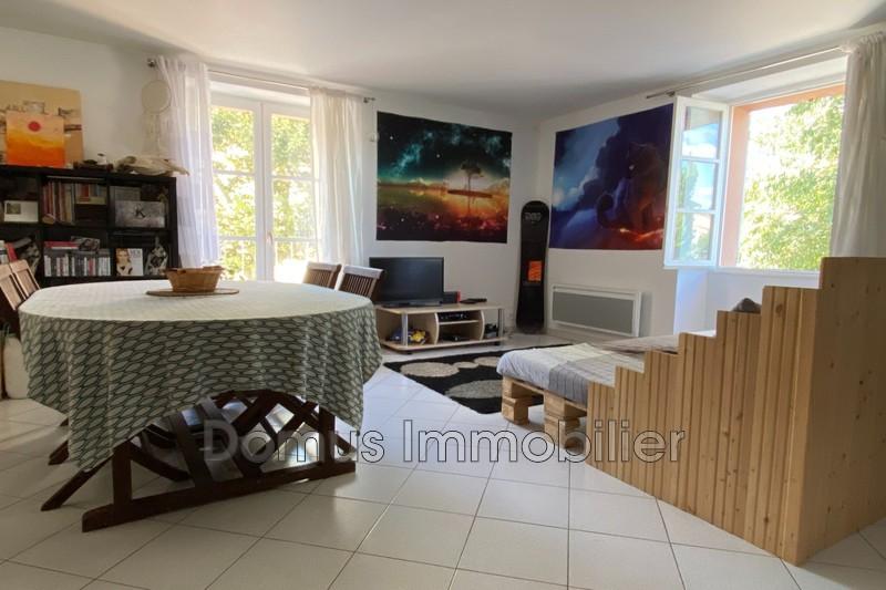 Photo Appartement Saint-Saturnin-lès-Avignon Centre-ville,  Location appartement  2 pièces   55m²