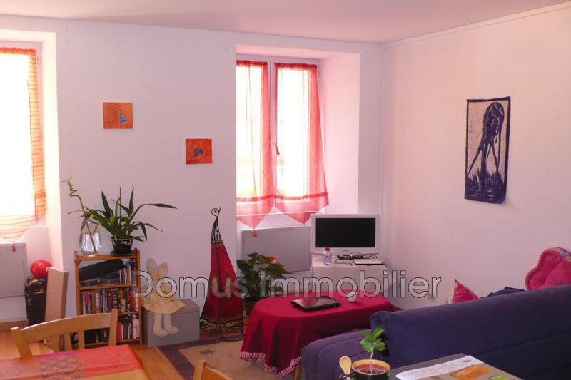 Photo Appartement Saint-Saturnin-lès-Avignon  Location appartement  2 pièces   37m²