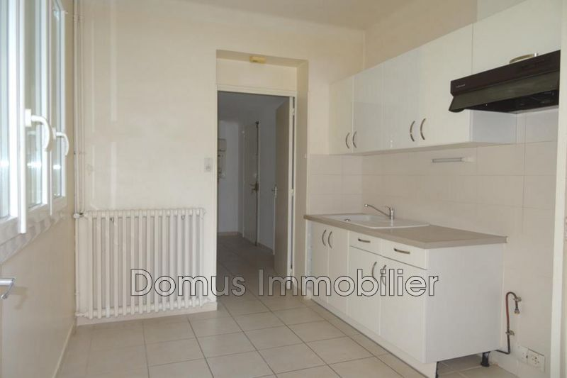 Photo Villa Le Pontet  Rentals villa  2 bedrooms   80 m²