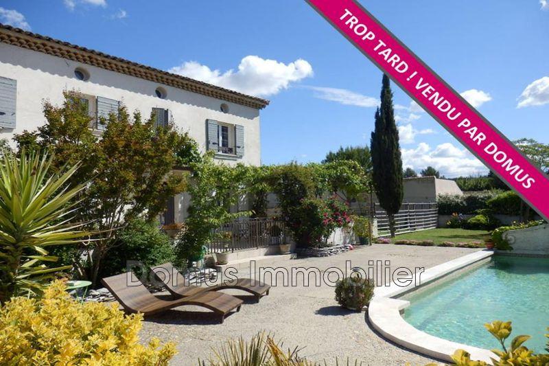 Photo Villa Morières-lès-Avignon   achat villa  4 chambres   156m²