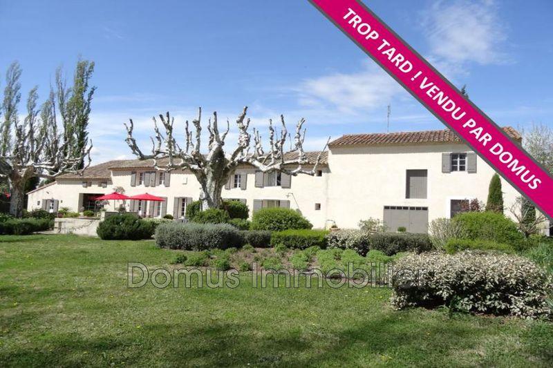 Photo Propriété Pernes-les-Fontaines   achat propriété  6 chambres   360m²