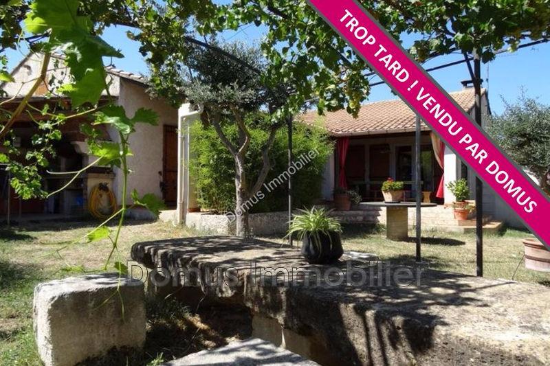 Photo Villa Saint-Saturnin-lès-Avignon   achat villa  3 chambres   126m²