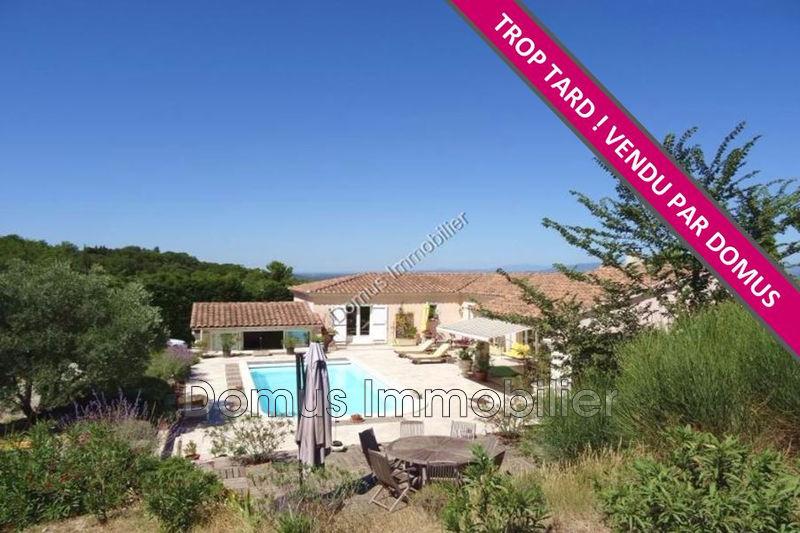 Photo Villa Saint-Saturnin-lès-Avignon   achat villa  4 chambres   200m²