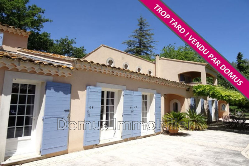 Photo Villa Saint-Saturnin-lès-Avignon Campagne,   achat villa  4 chambres   255m²