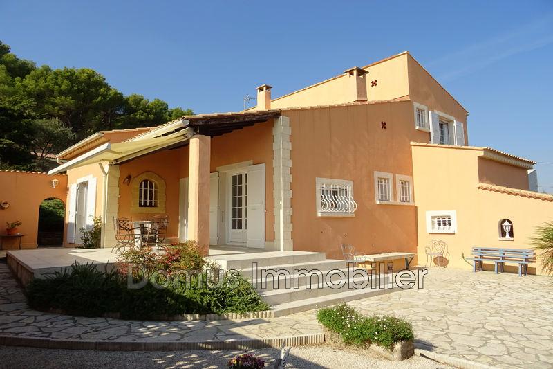 Photo Villa Saint-Saturnin-lès-Avignon Proche village,   to buy villa  3 bedrooms   114m²