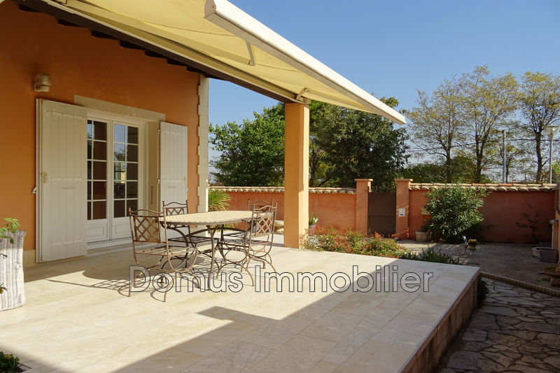 Photo Villa Saint-Saturnin-lès-Avignon Proche village,   achat villa  3 chambres   114m²