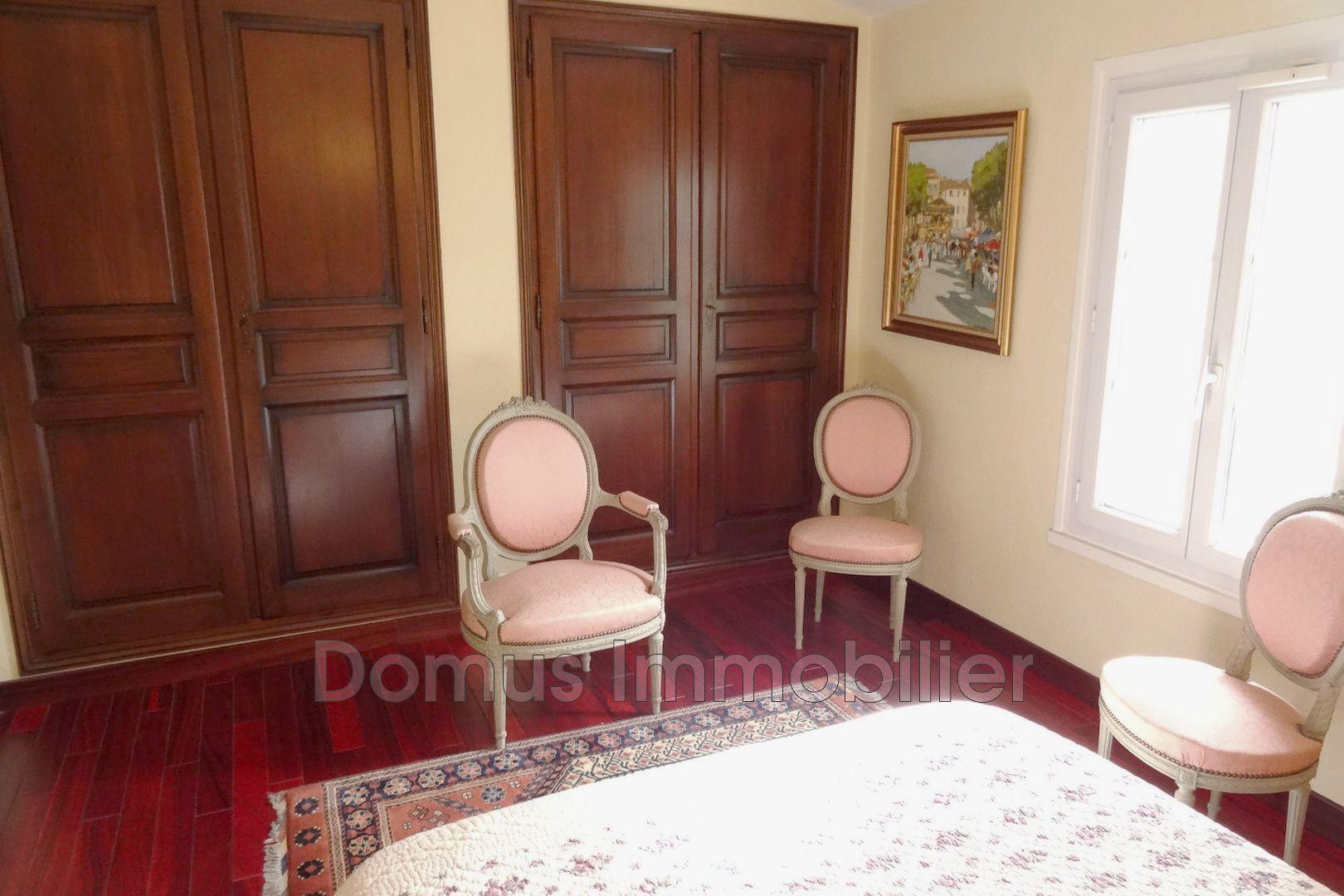 villa entraigues sur la sorgue campagne achat villa 3 chambres 210 m. Black Bedroom Furniture Sets. Home Design Ideas