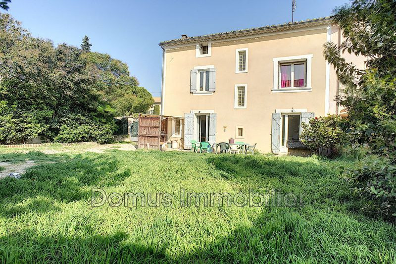 Photo Villa Saint-Saturnin-lès-Avignon Centre-ville,   to buy villa  3 bedrooms   98 m²