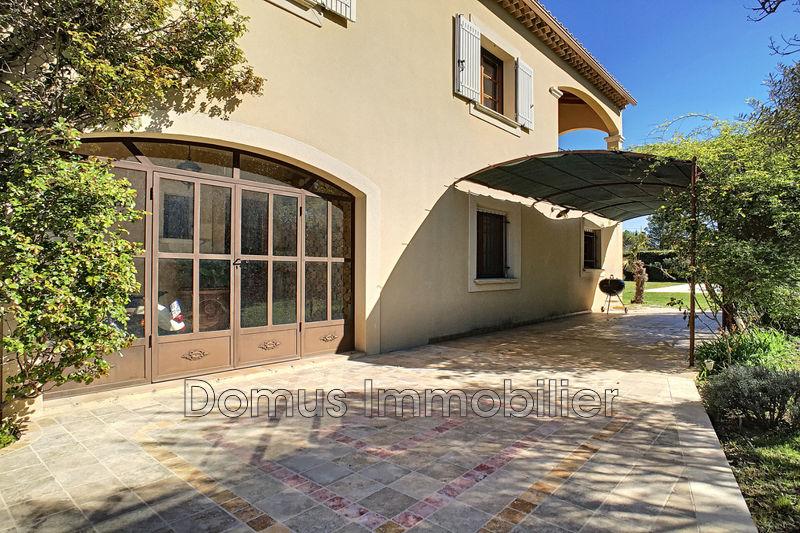 Photo Villa Aubignan   achat villa  5 chambres   184m²
