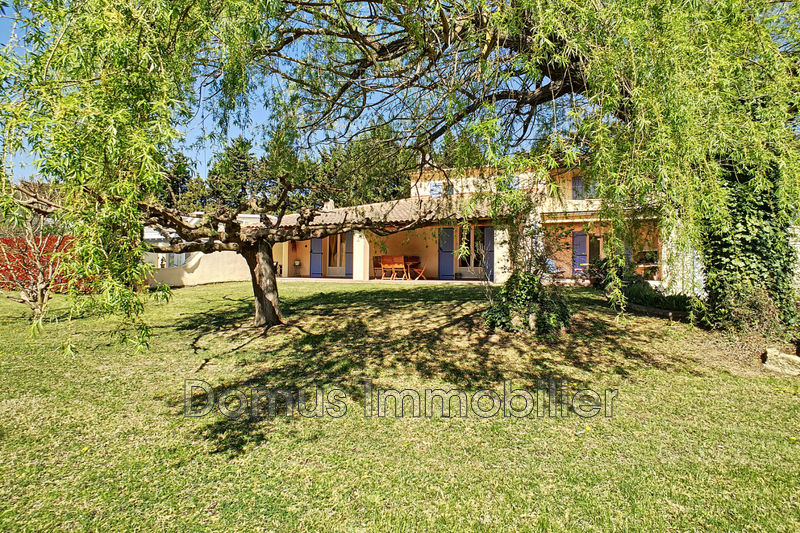Photo Property Le Thor   to buy property  4 bedrooms   192 m²