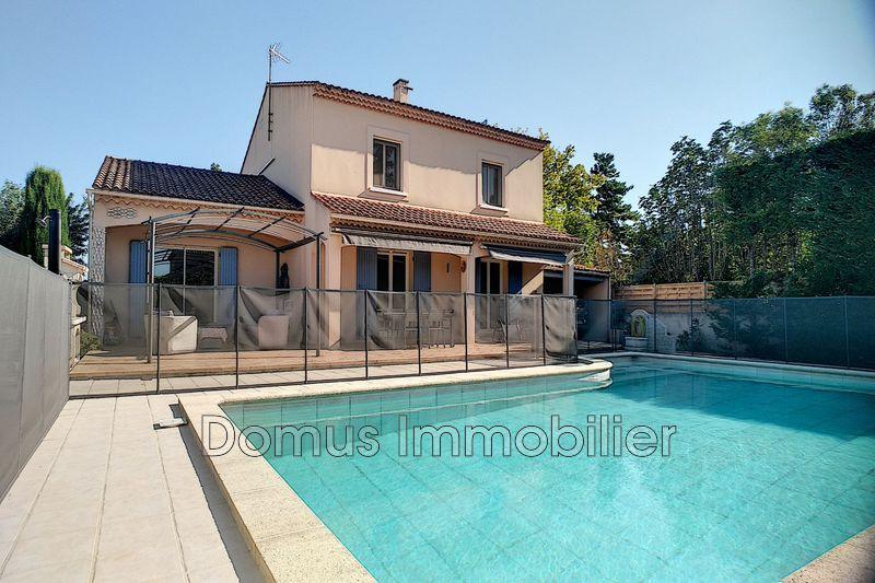 Photo Villa Morières-lès-Avignon Proche village,   achat villa  3 chambres   173m²