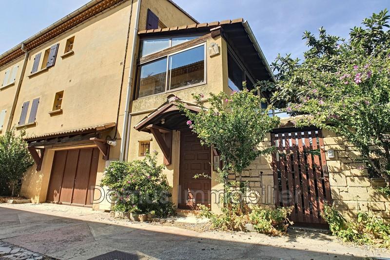 Photo Maison Saint-Saturnin-lès-Avignon   achat maison  5 chambres   180m²