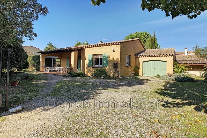 Photo Villa Saint-Saturnin-lès-Avignon   achat villa  2 chambres   85m²