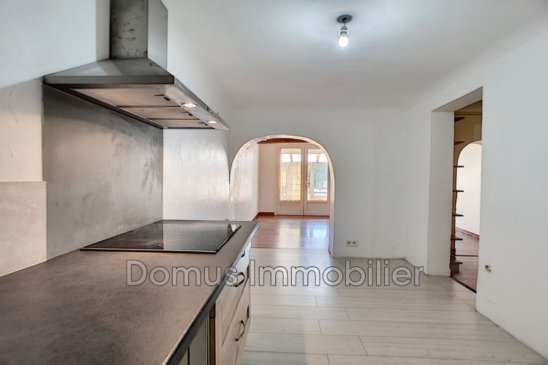 Photo House Entraigues-sur-la-Sorgue Centre-ville,   to buy house  2 bedrooms   85 m²
