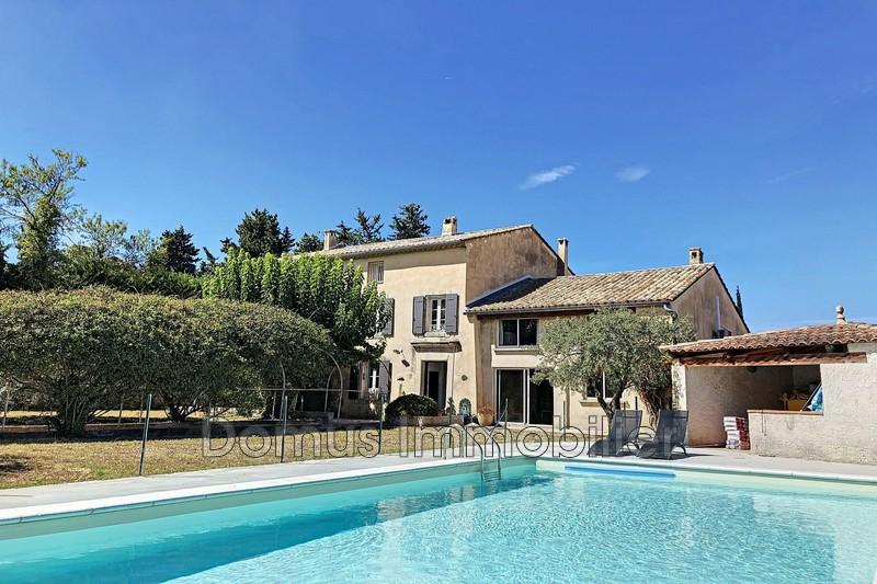 Photo Mas Saint-Saturnin-lès-Avignon Village,   achat mas  7 chambres   290m²