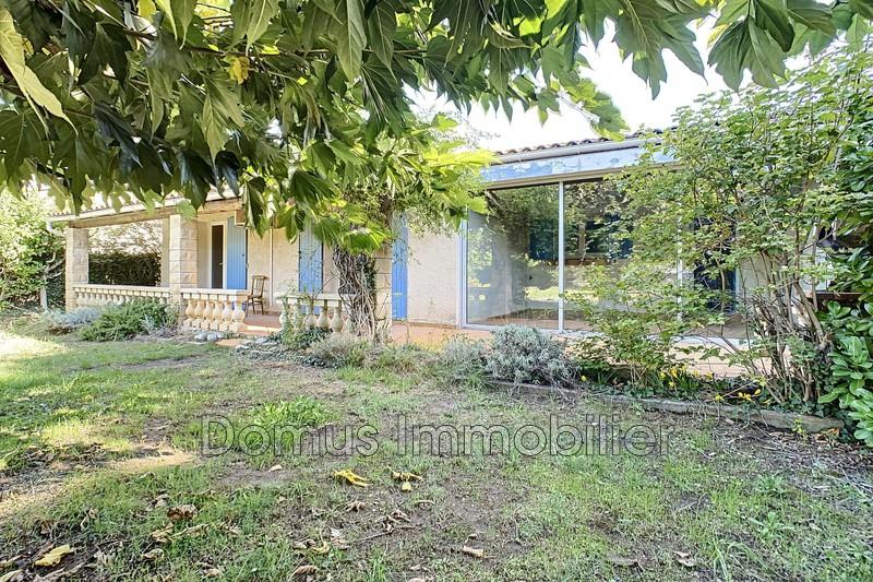 Photo Villa Entraigues-sur-la-Sorgue   achat villa  3 chambres   110m²