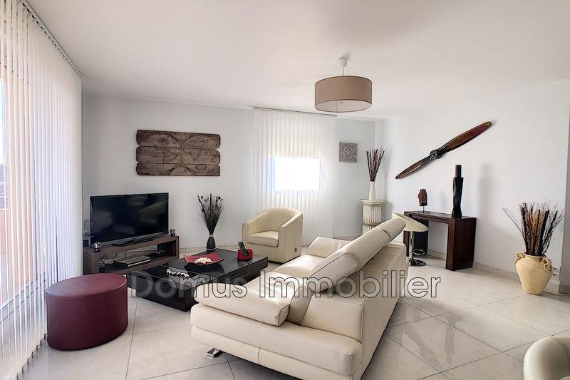 Photo Appartement Althen-des-Paluds Centre-ville,   achat appartement  3 pièces   67m²