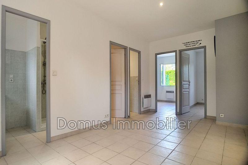 Photo Appartement Saint-Saturnin-lès-Avignon Campagne,   achat appartement  3 pièces   57m²