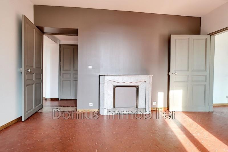 Photo Appartement Saint-Saturnin-lès-Avignon Proche village,   achat appartement  4 pièces   83m²