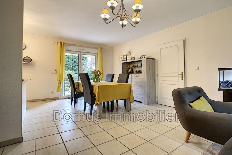 Photo Appartement Le Thor   achat appartement  3 pièces   68m²