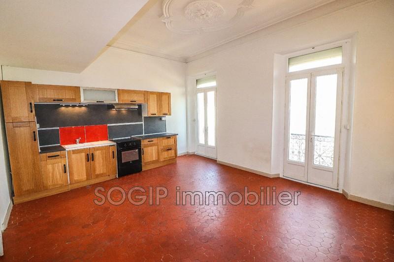 Photo Appartement Flayosc Centre village,  Location appartement  1 pièce   29m²
