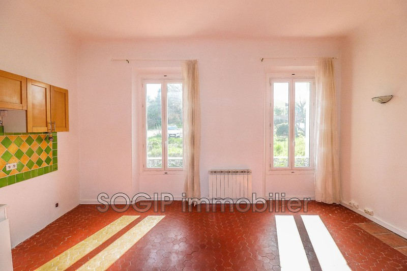 Photo n°2 - Location appartement Flayosc 83780 - 494 €