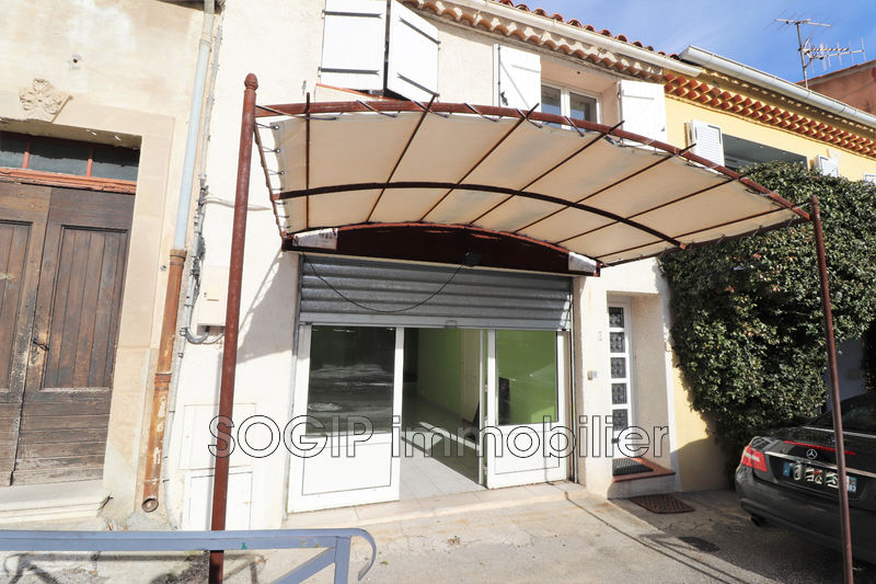 Photo Locaux Flayosc Village,  Professionnel locaux   59 m²