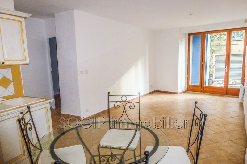 Photo n°2 - Vente appartement Flayosc 83780 - 75 000 €