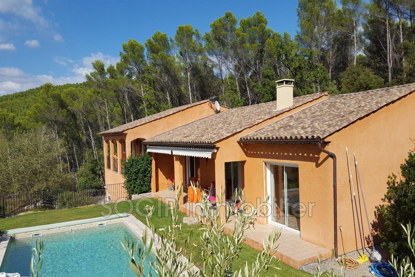 vente maison villa draguignan 83300 679 000. Black Bedroom Furniture Sets. Home Design Ideas