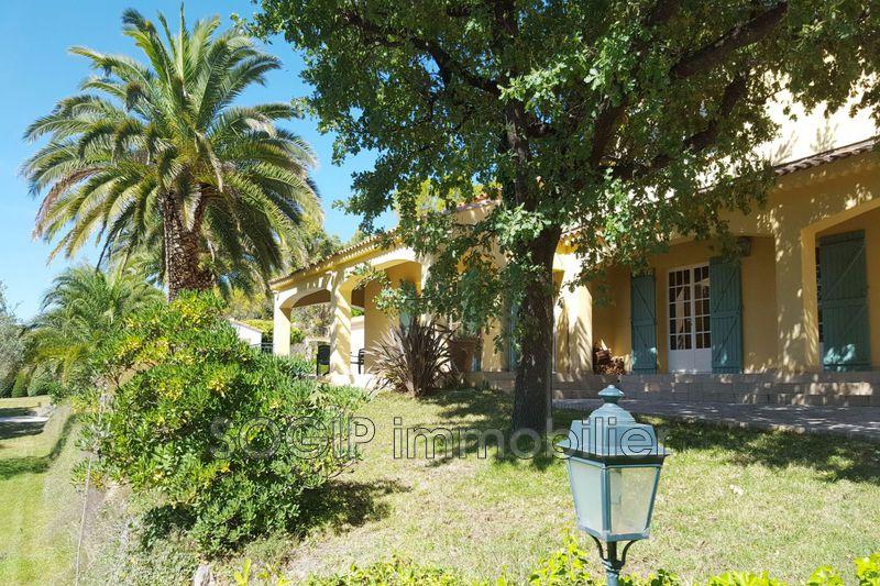 Photo Villa Flayosc Campagne,   achat villa  6 chambres   260m²