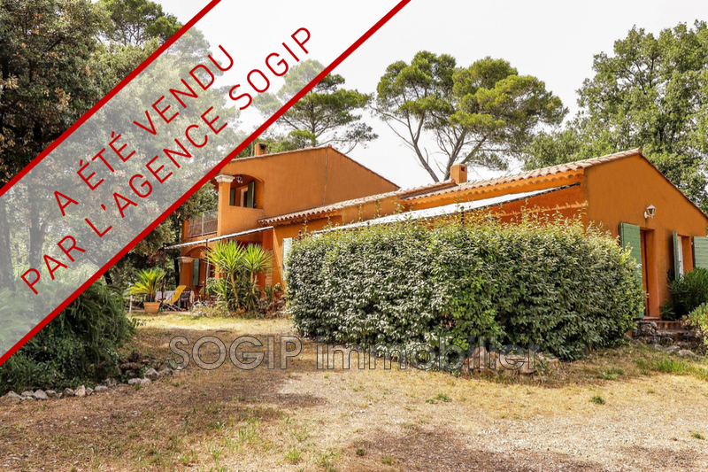 Photo Villa Flayosc Campagne,   achat villa  5 chambres   151m²