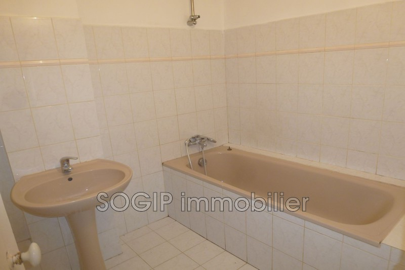 Photo n°14 - Vente maison de village Flayosc 83780 - 275 000 €