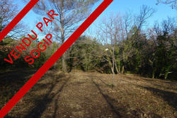 Photos  Terrain à bâtir à vendre Flayosc 83780