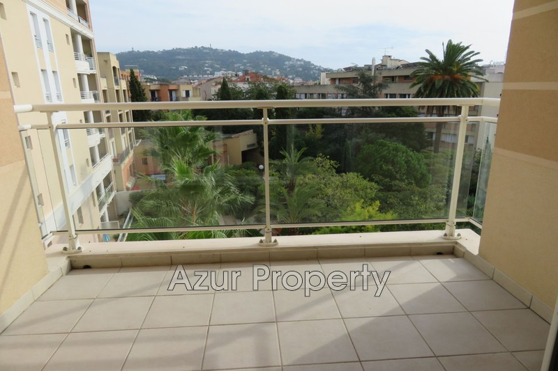 Photo n°3 - Vente appartement Cannes 06400 - 175 000 €