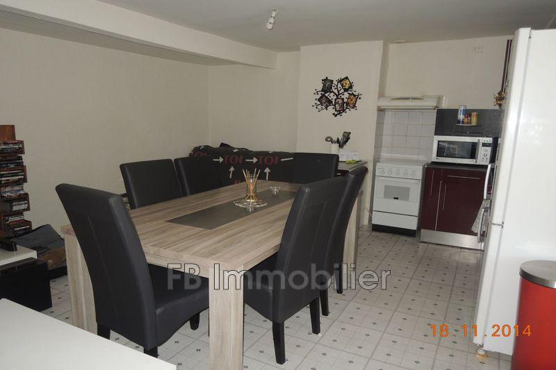 Appartement Eyguières  Location appartement  2 pièces   46m²