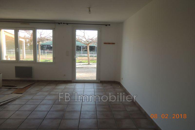 Photo n°2 - Location appartement Aureille 13930 - 480 €