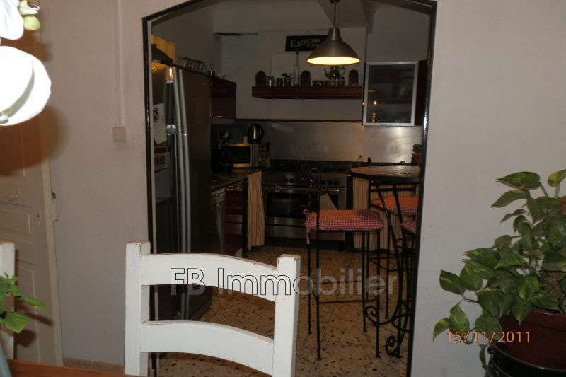 Photo n°2 - Location maison de village Eyguières 13430 - 780 €