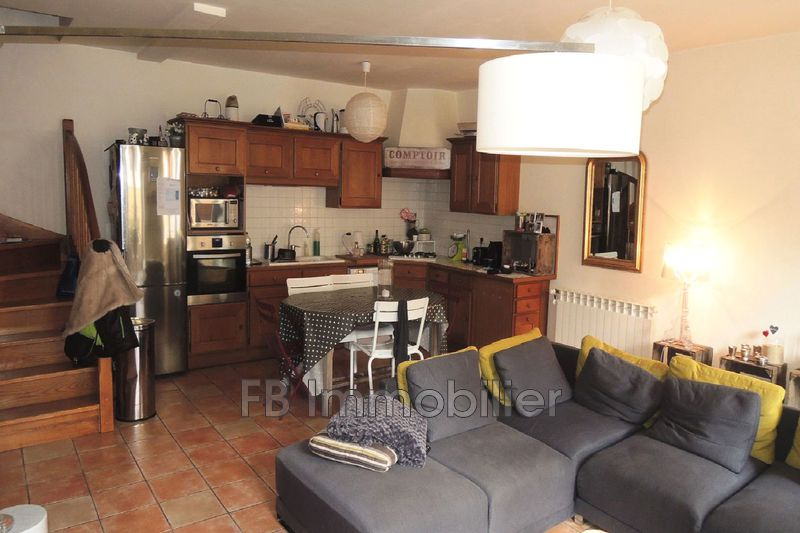 Photo n°3 - Location maison Eyguières 13430 - 1 000 €