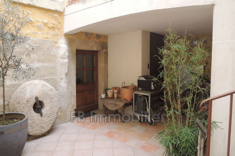 Photo n°1 - Location maison Eyguières 13430 - 1 000 €