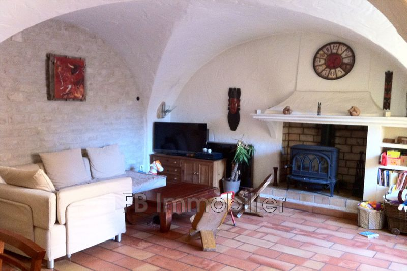 Photo n°2 - Location maison de village Aureille 13930 - 850 €
