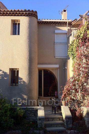 Photo n°1 - Location maison de village Aureille 13930 - 850 €