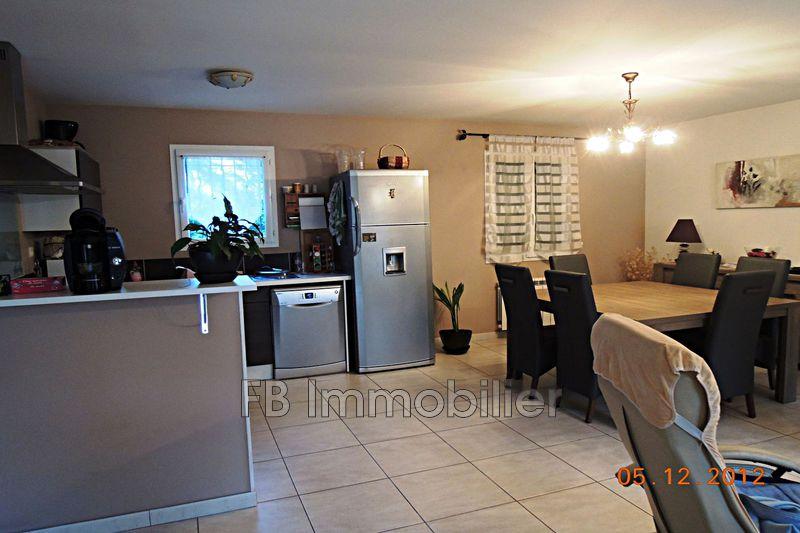Photo n°1 - Location Maison villa Eyguières 13430 - 1 100 €