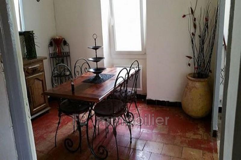 Maison Eyguières  Location maison  2 chambres   69m²