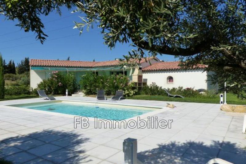 Villa Eyguières  Rentals villa  4 bedroom   160m²