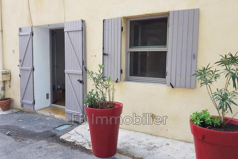 Maison de village Aureille Centre-ville,  Location maison de village  2 chambres   59m²