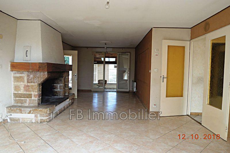 Villa Sénas   to buy villa  3 bedroom   105m²