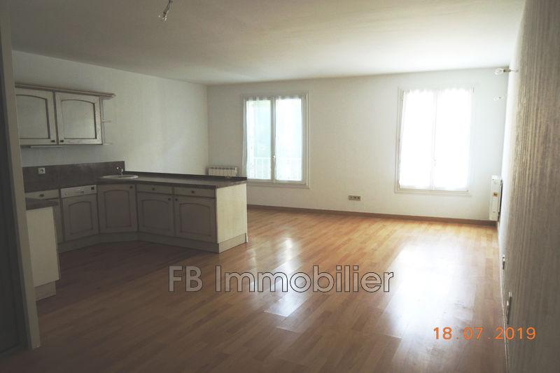 Appartement Eyguières Centre-ville,   achat appartement  2 pièces   44m²