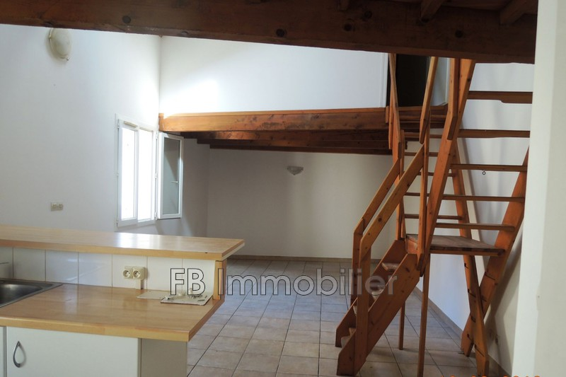 Photo n°2 - Vente appartement Eyguières 13430 - 104 000 €