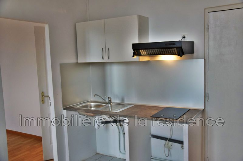 Photo Appartement Les Pennes-Mirabeau Logement 3,  Location appartement  2 pièces   24m²